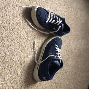 Used vintage Nike sneakers
